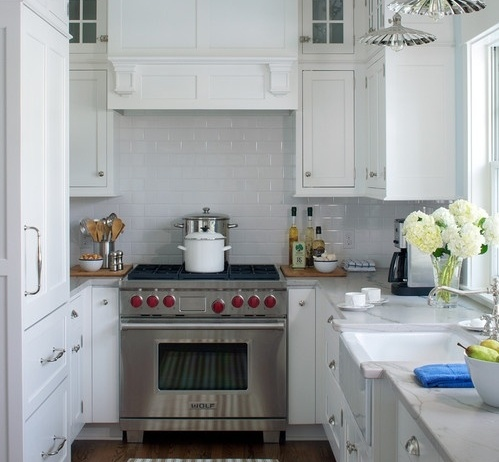 farmhouse-kitchen-394096-edited.jpg