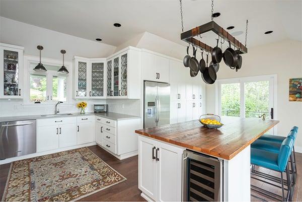 Gorgeous kitchen remodel on Lake Oswego