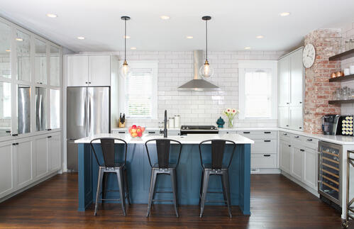 Transitional Kitchen Design in Portland Oregon